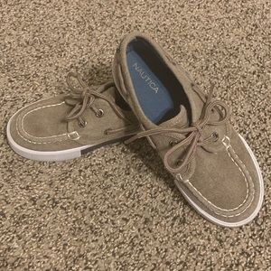 Nautica boys tan - grey boat shoes size 12